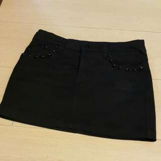 黑色牛仔裙
