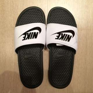 NIKE 拖鞋 黑白