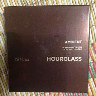 Pending: Hourglass Ambient Lighting Powder In Dim Light