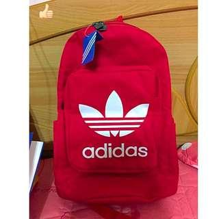 (等匯款)Adidas後背包(全新)$800(含運)