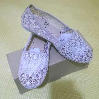 鏤空娃娃鞋(全新)