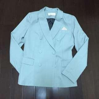 ✨八成新✨灰綠西裝外套-40號