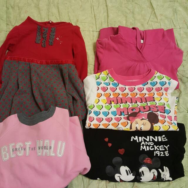 女童二手衣(每件100)