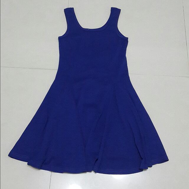 深藍傘狀洋裝