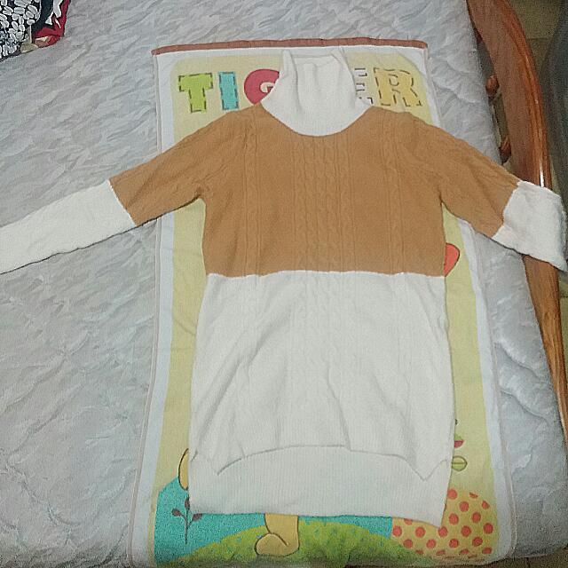 全新高領芥黃針織衫