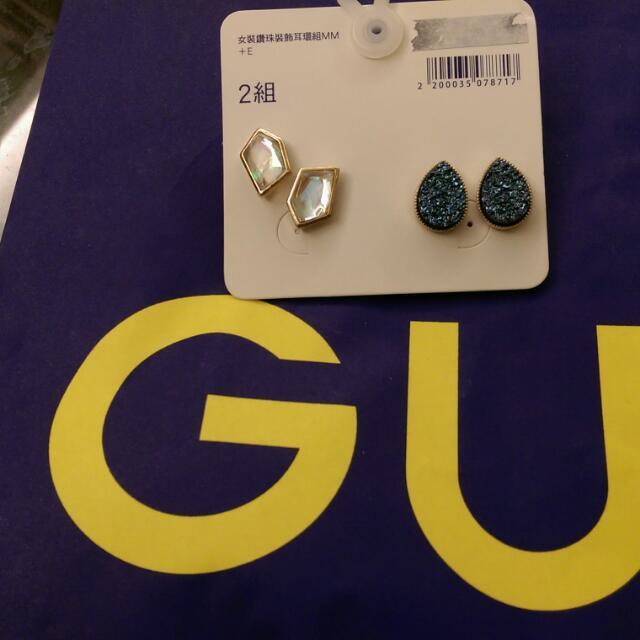 GU 鑽珠裝飾耳環組 2組
