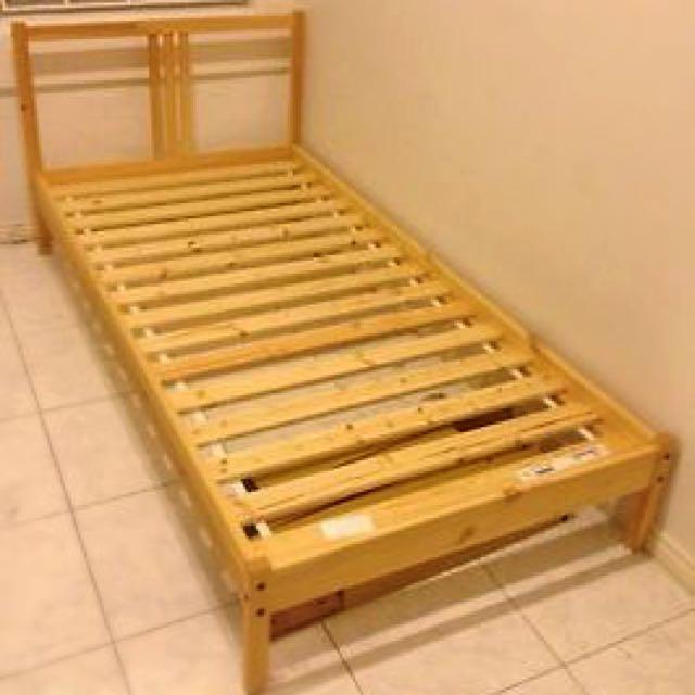 Ikea fjellse single bed frame with slatted bed base - Base a doghe ikea ...