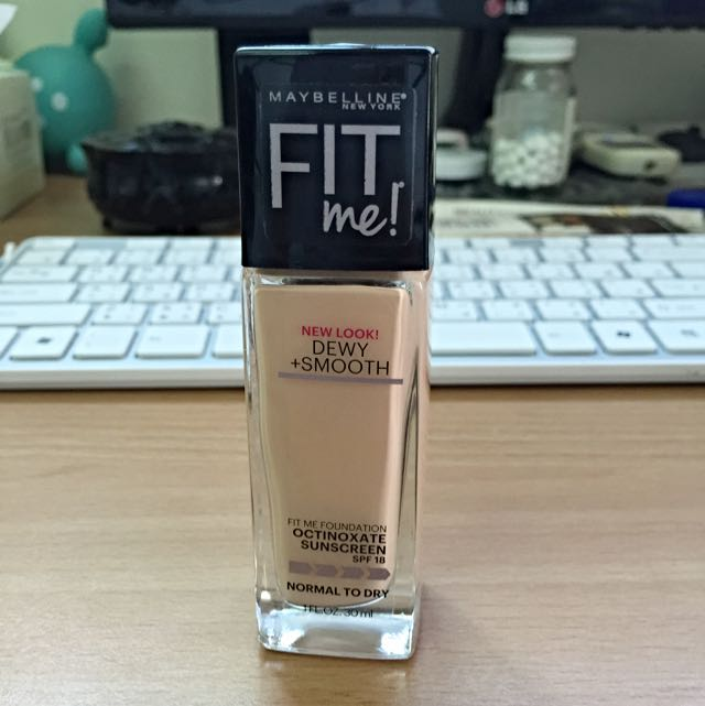 Maybelline Fit Me! Dewy+smooth #115