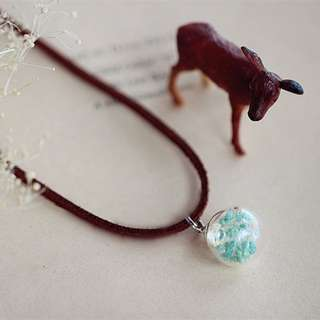 Dried Flower Globe Necklace