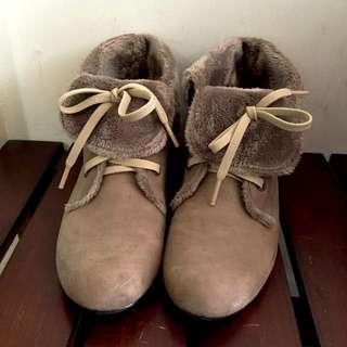 有多萌就多萌的毛絨絨短靴🎈🎈💕🎉