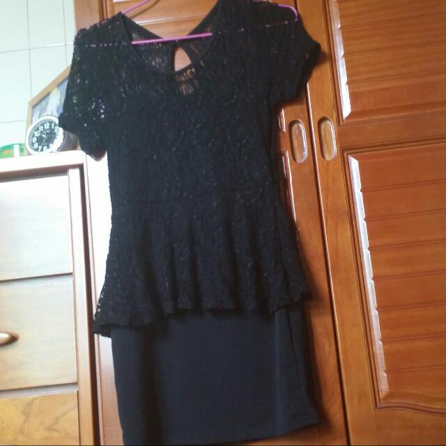 (全新出清)蕾絲拼接洋裝