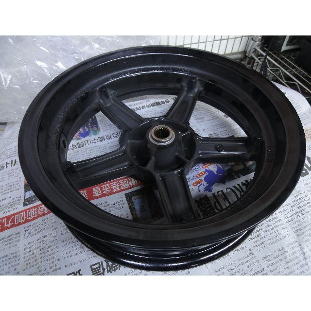 BWSR / BWS-R / 四代 / 2JS 原廠後輪框 極新。無傷 中古便宜出售