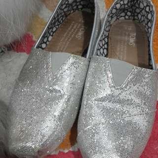 (已售出)真品Toms銀色亮片休閒鞋