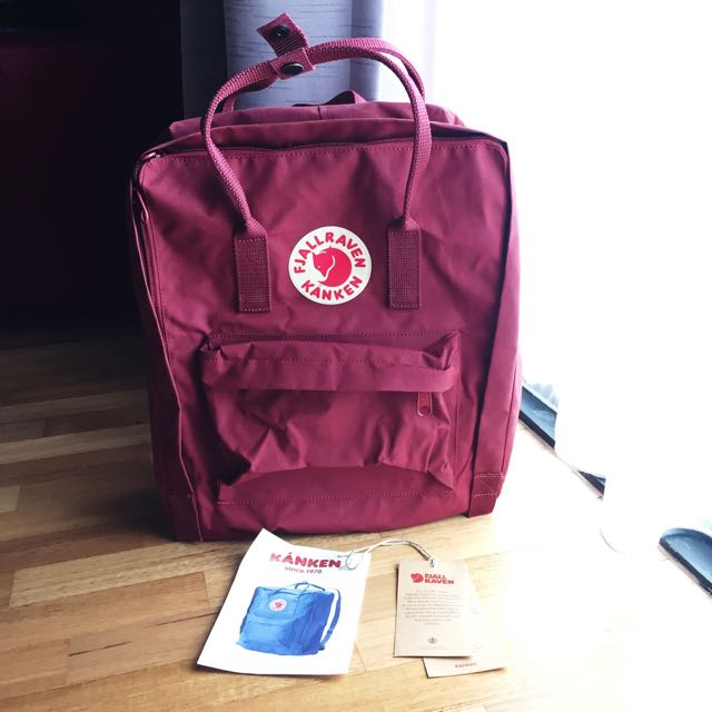 Authentic Bnwt Fjallraven Kanken Ox Red Classic Size