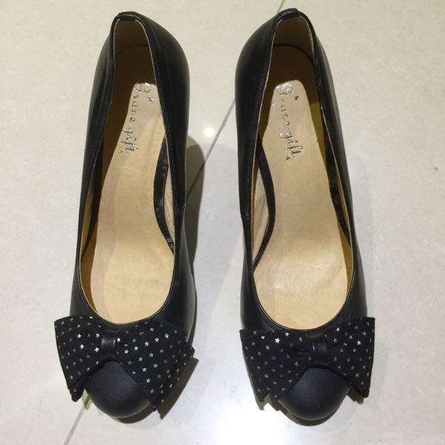 Grace gift 女鞋 高根  包鞋 黑色 點點 蝴蝶結 38號