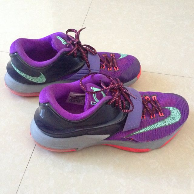 Nike Kevin Durant Basketball Preloved