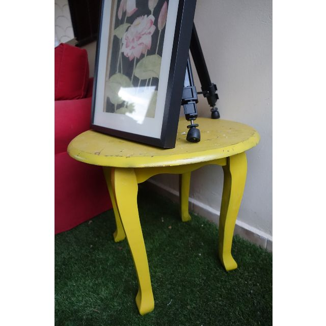 Vintage wooden table (paint & brushes optional)