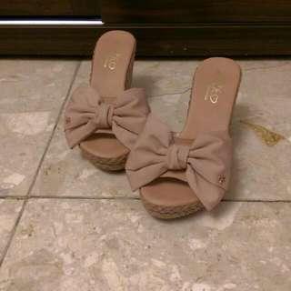 粉膚色蝴蝶結鍥型鞋魚口鞋💖