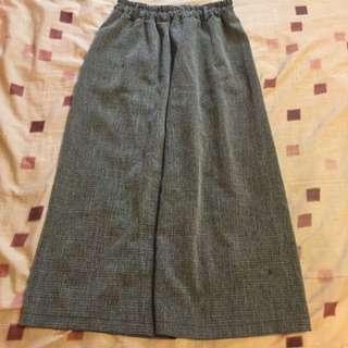 🚚 灰色寬褲 二手極新