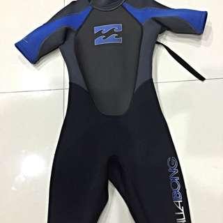 WTS : (Price Reduced) Billabong Intruder Thermal / Compression Children Wet-Suit