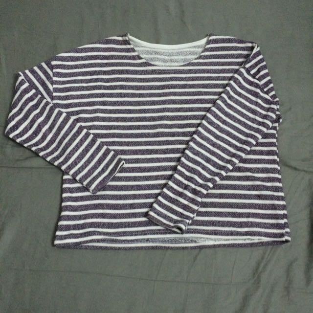 圓領短版紫白條紋上衣