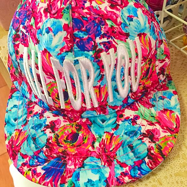花花鴨舌帽