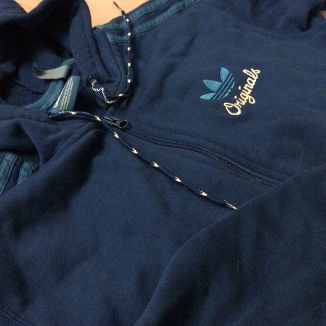 Adidas 三葉草連帽外套