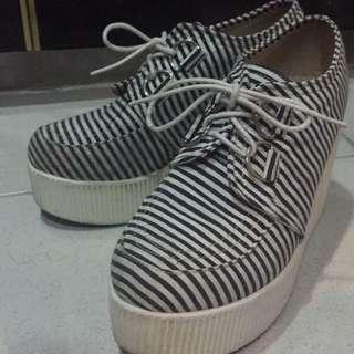 二手高平底鞋