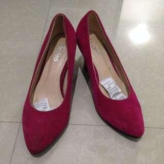 Sepatu fladeo Premium