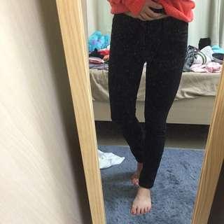 二手👉🏻UNIQLO 黑窄管褲
