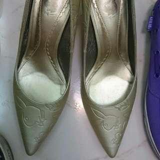 Playboy 高根尖頭鞋