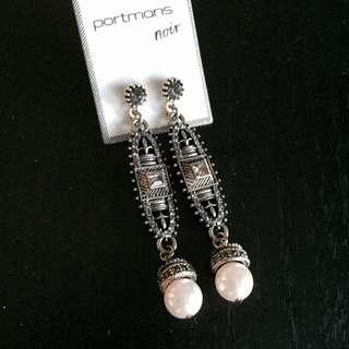 (NEW) Portmans Earrings