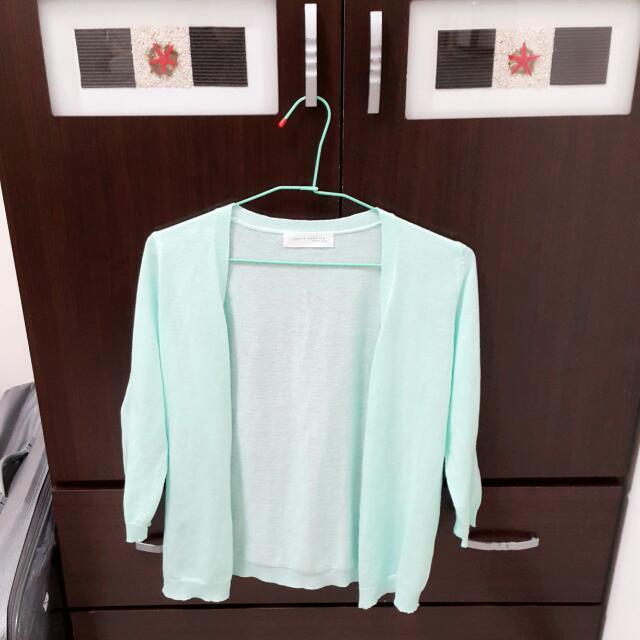 粉綠色針織外套