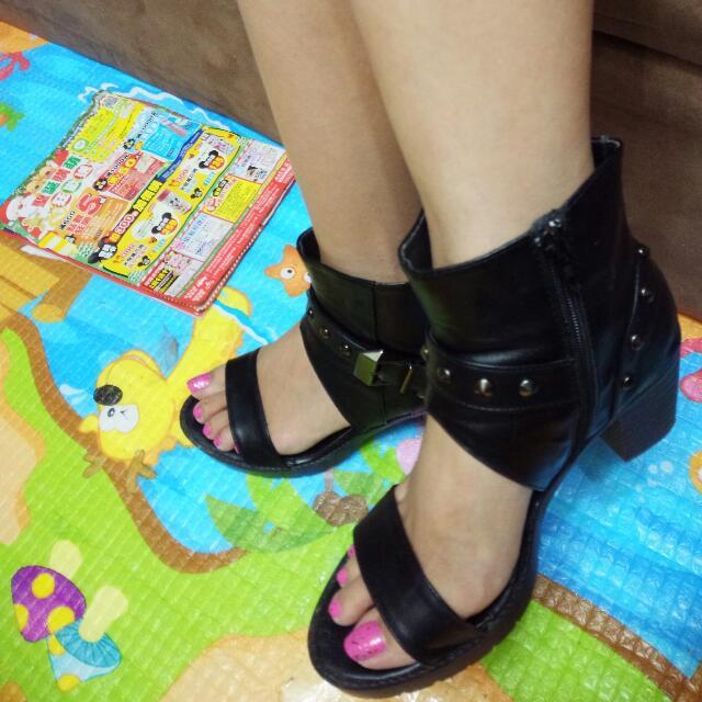 鉚釘露趾靴 踝靴 短靴