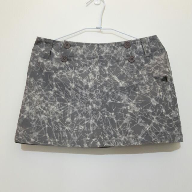 二手 E-wear 灰色花紋短裙