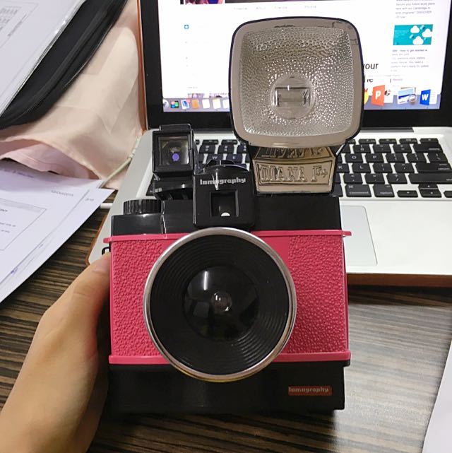 Diana f+ Lomography <RESERVED>