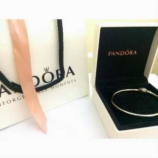 Pandora 母親節限定 滿鑽愛心硬環