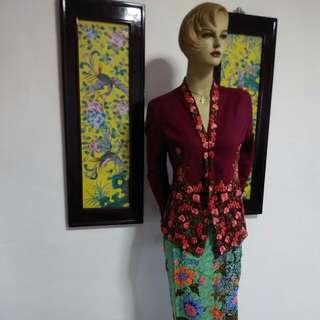 BN Nyonya Sarong Kebaya Size::M Burgundy Red Size M ( Green Sarong) - Sold