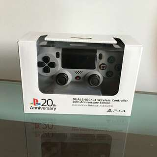 20th Anniversary PS4 Controller