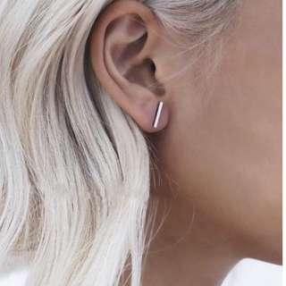 HUNG :: 極簡一字耳飾耳環