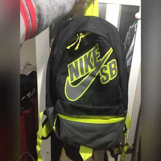 Nike SB 後背(待匯)
