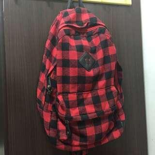 (降價⚡️)豬鼻子 紅黑格紋後背包🎒