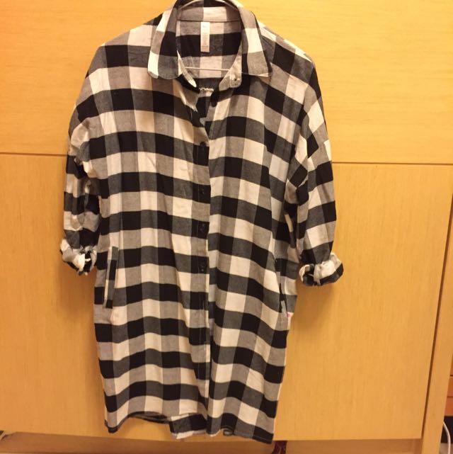 『📢📢含運』黑白大方格長版襯衫