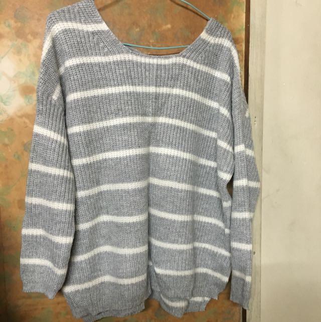灰色白條紋針織綁帶毛衣 含運