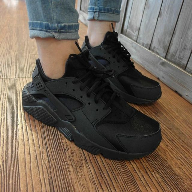 全新 Nike Air Huarache Run 女鞋
