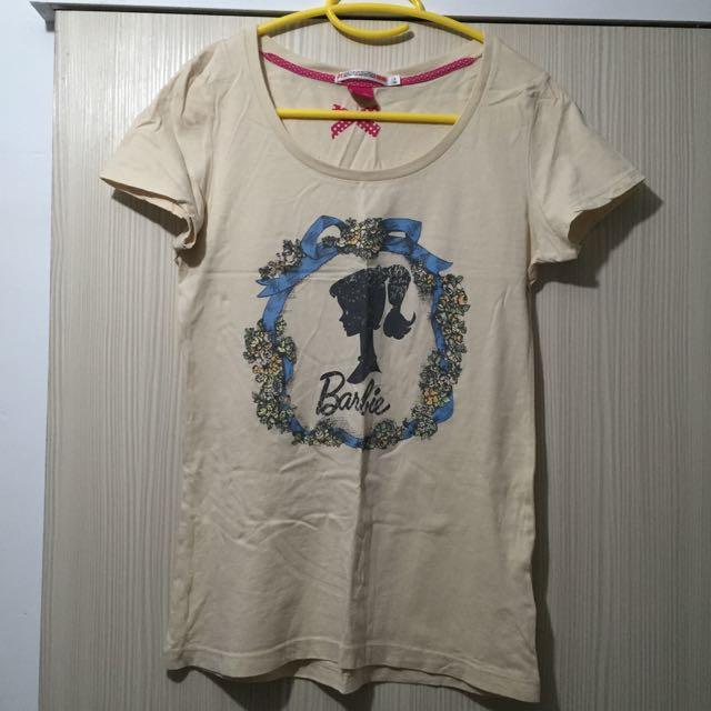 (二手)UNIQLO購入 女伶團案短袖上衣/附專屬髮圈/S