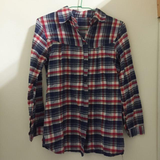V領/微立領 紅藍白格子襯衫