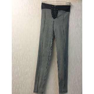 正韓 直條紋超顯瘦緊身皮革拼接綁帶褲
