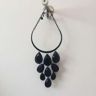 Black Neckpiece