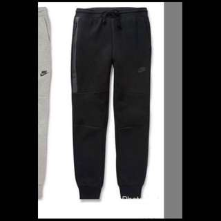 Nike Tech S號黑色!全新 運動長褲